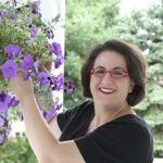 Elizabeth Barbone: Contributing Writer at Serious Eats