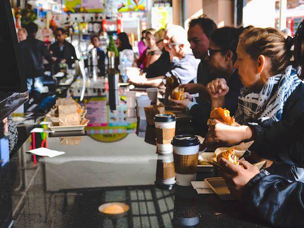 052014-293531-dtla-dining-eggslut-counter.jpg