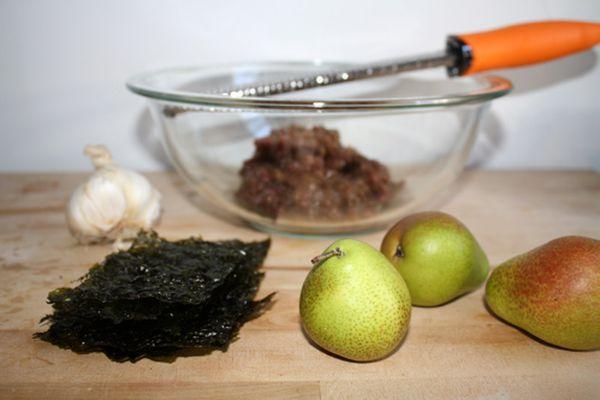 20100107-seriouslyasian-riceballingredients.jpg