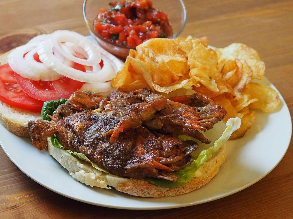 20140522-soft-shell-crab-sandwich-tomato-salsa.jpg