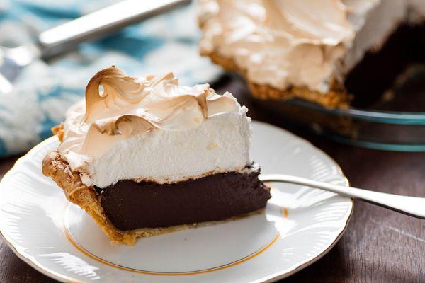 20161101-chocolate-cream-pie-vicky-wasik-22.jpg