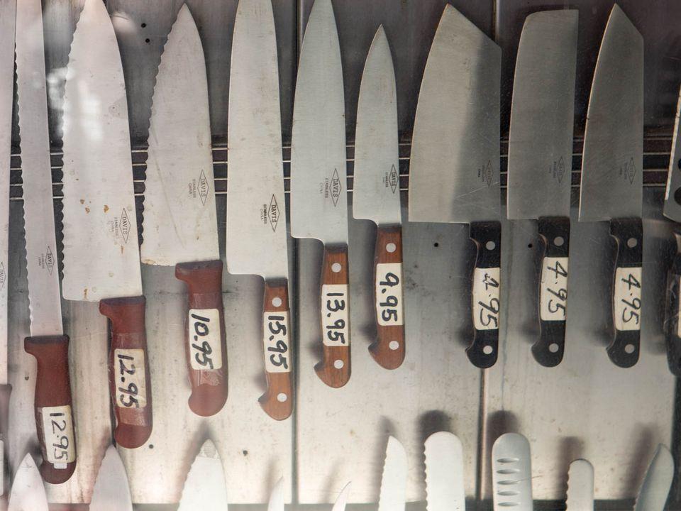 20150908-cheap-knives-vicky-wasik-1.jpg
