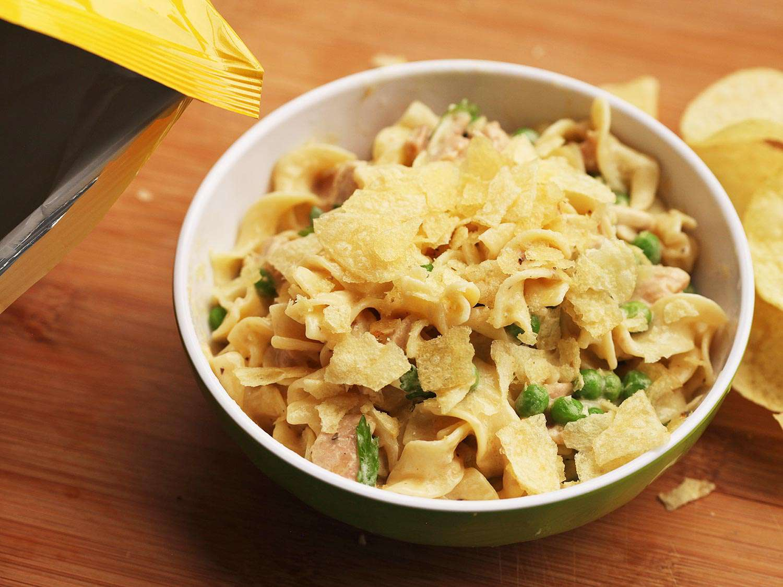 20140904-tuna-noodle-casserole-skillet-easy-food-lab-8.jpg