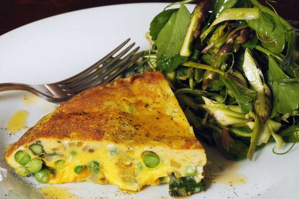 20140505-asparagus-sweet-pea-frittata-primary2.jpg