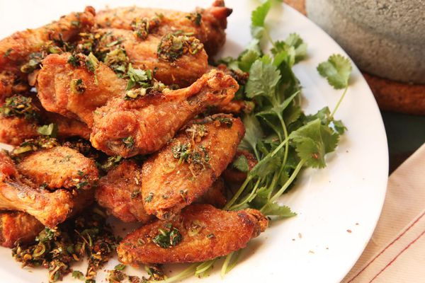20150125-xian-spicy-cumin-chili-sichuan-chicken-wings-recipe-7.jpg