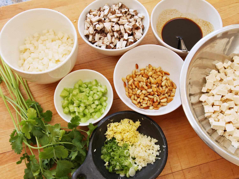 21060307-tofu-pinenut-jicama-lettuce-wrap-recipe-vegan-05.jpg