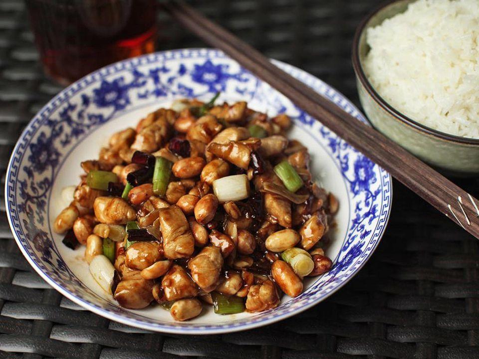 20170821-kung-pao-chicken-gong-bao-ji-ding-food-lab-2-01.jpg