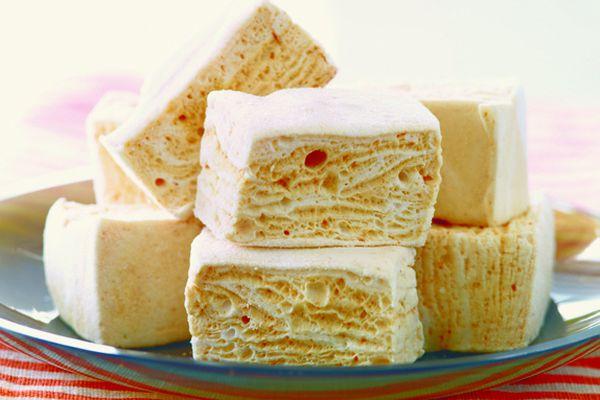 20120228-bakethebook-marshmallowmadness-seasaltcaramelmarshmallows.jpg
