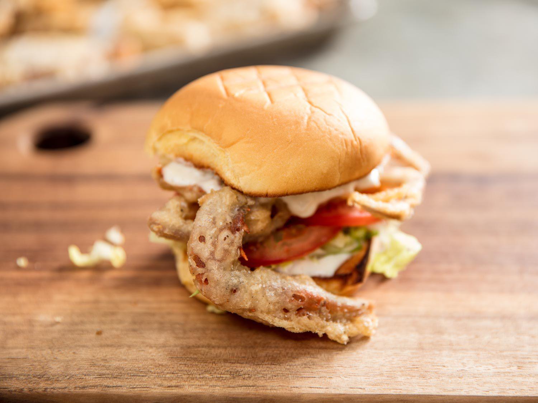 20170602-fried-soft-shell-crab-sandwich-vicky-wasik-11.jpg