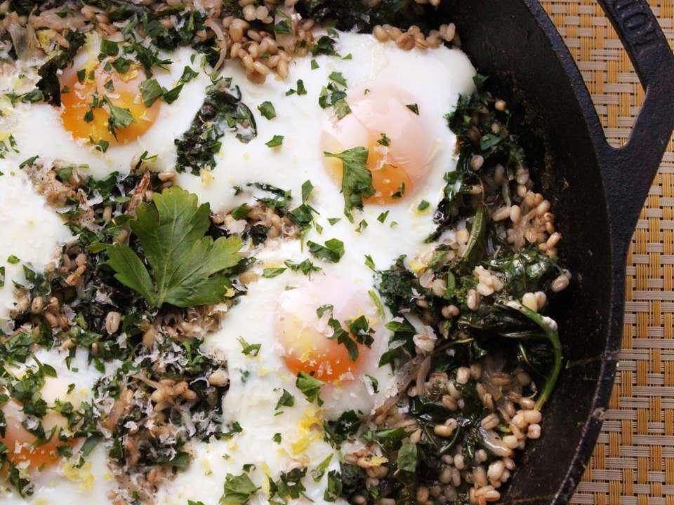 20140120-barley-kale-eggs3.jpg