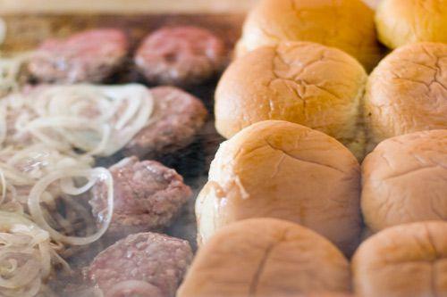 20110725-burger-lab-slider-mashup-16.jpeg