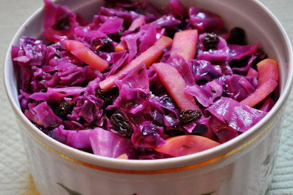 20110606-entertaining-germandinner-braisedcabbage-primary.jpg