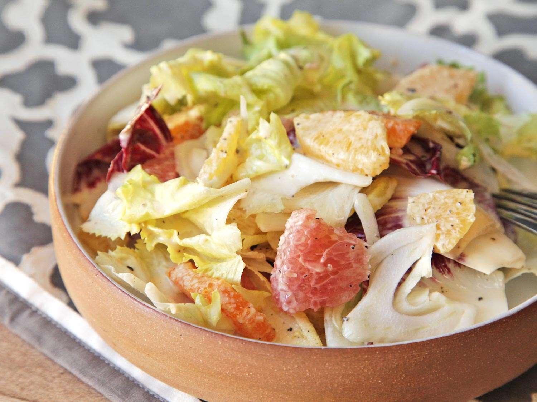 20151223-winter-salad-recipe-roundup-01.jpg