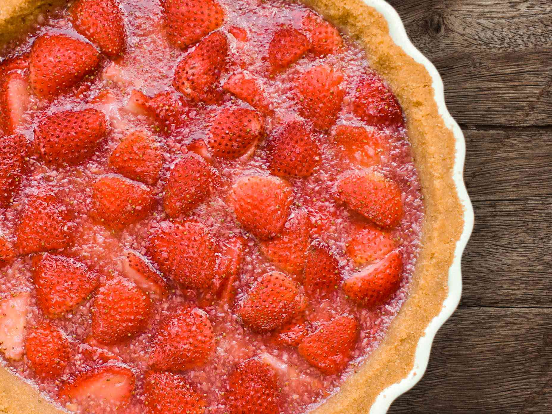 20150625-Summer-Strawberry-Pie-beauty-1-Yvonne-Ruperti2.jpg