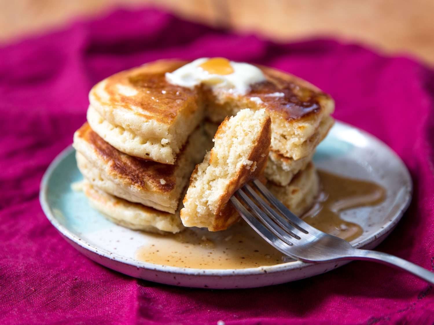 ultra thick and fluffy pancakes