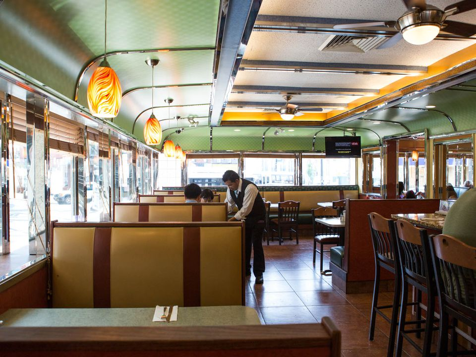 20150106-diners-interior-court-square-diner-vicky-wasik-11.jpg