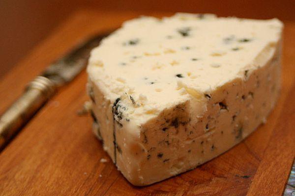 20101220-blue-cheese.jpg