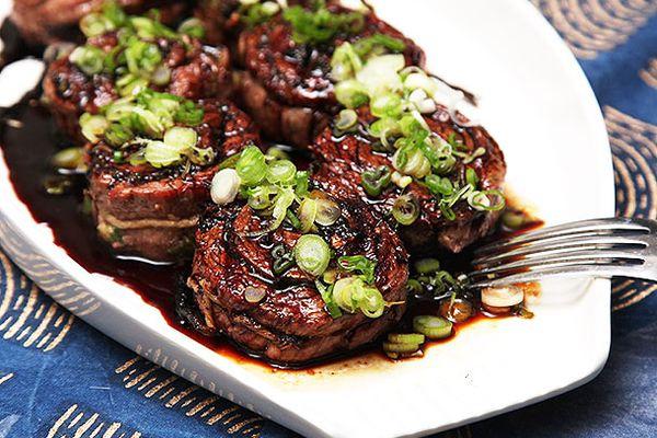 20140416-grilled-stuffed-flank-steak-pinwheels-food-lab-recipe-40.jpg