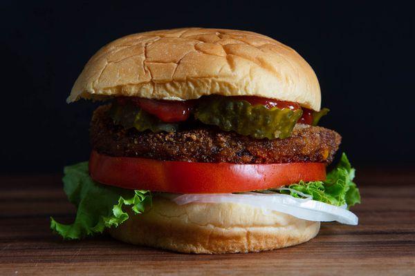 20190730-veggie-burger-taste-test-vicky-wasik-trader-joes-black-bean-hero