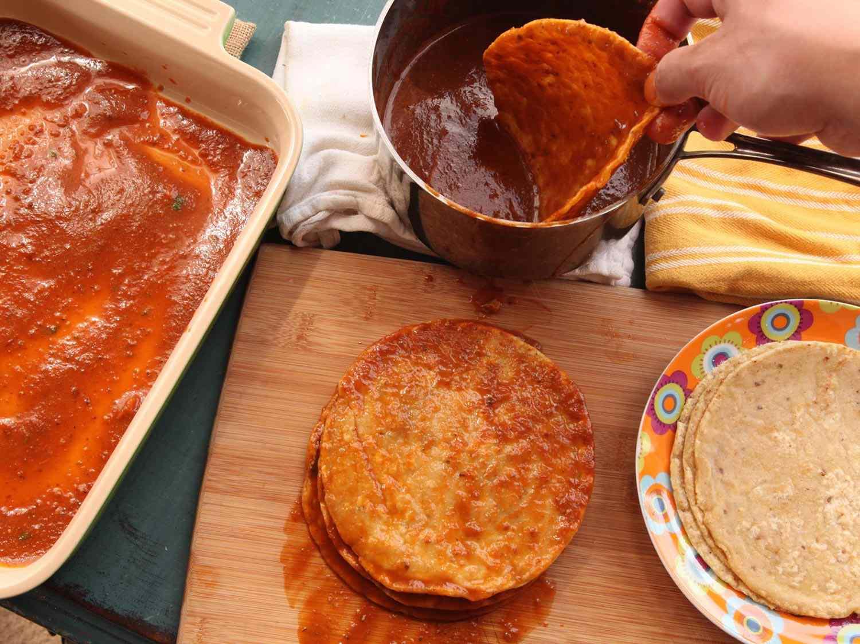 20150416-pressure-cooke-chicken-enchiladas-recipe-20.jpg