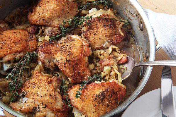 20151218-braised-chicken-thigh-cabbage-pancetta-recipe-kenji-01.jpg