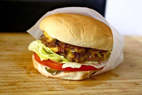 20110725-burger-lab-slider-mashup-15.jpeg