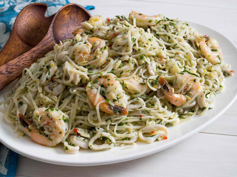 20160620-cold-salad-recipes-roundup-03.jpg