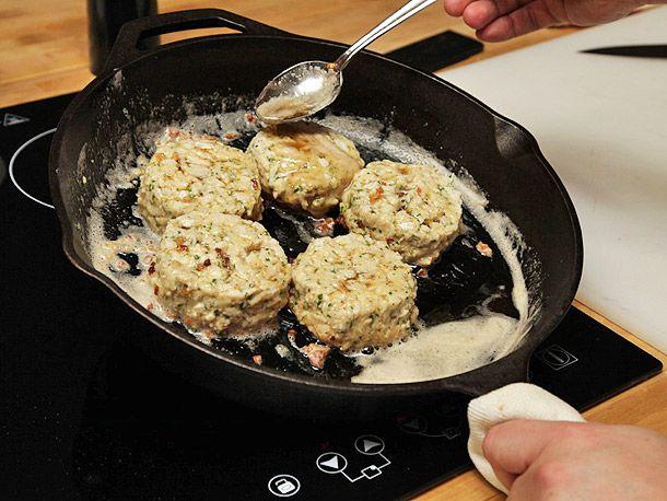 20130326-crab-cakes-25.jpg