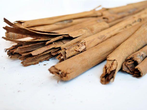 20110120-133294-cinnamon-canela-large.jpg