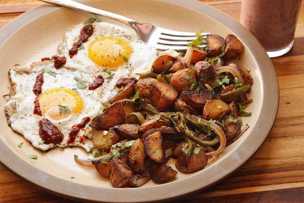 20160607-potato-rajas-onion-hash-7.jpg