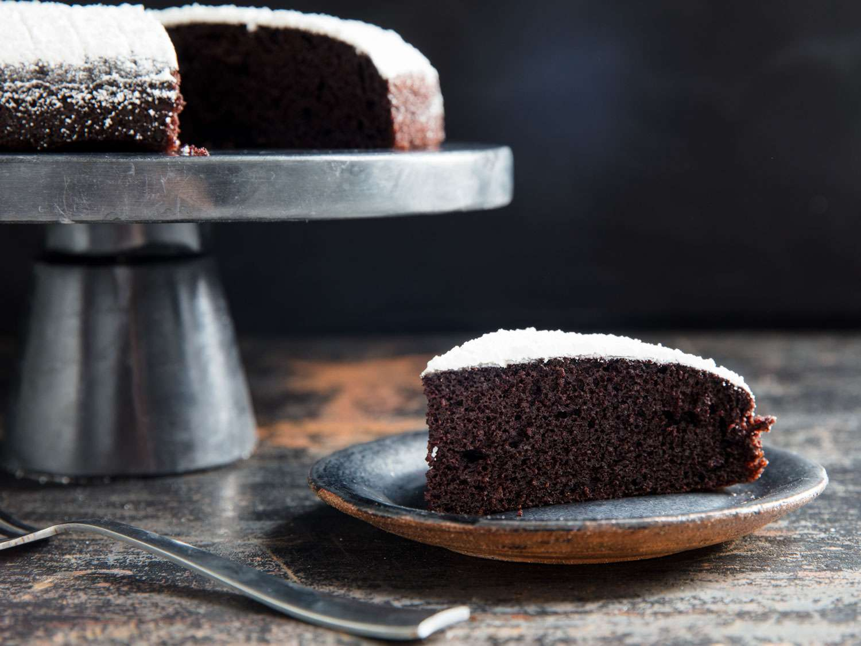 20190227-chocolate-olive-oil-cake-vicky-wasik-17