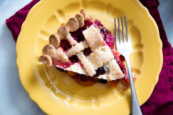 20160608-gluten-free-pie-crust-vicky-wasik-7.jpg