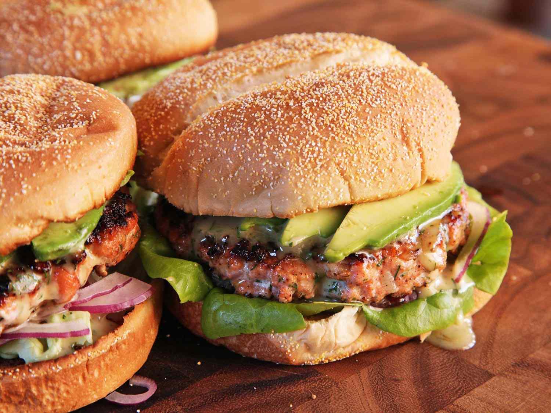 20140929-menu-salmon-burger-yasmin-recipe-6.jpg