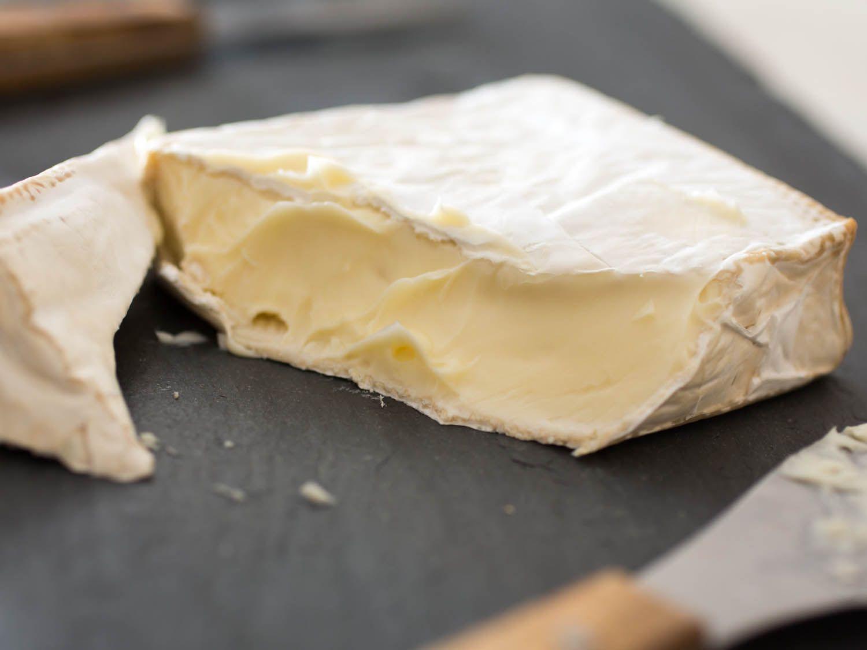 20150206-northeast-cheese-old-chatham-camambert-vicky-wasik-1.jpg