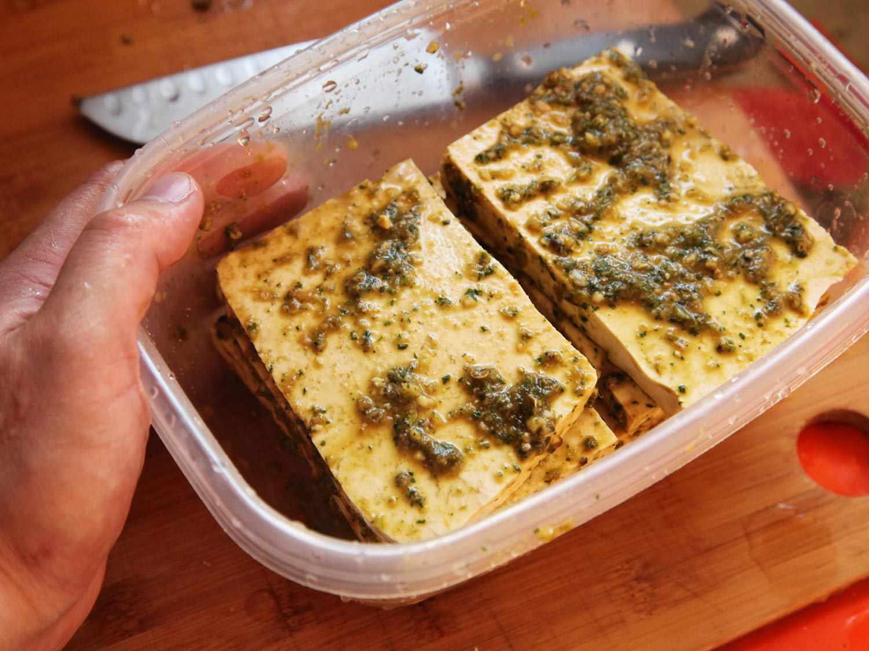 20150216-grilled-tofu-banh-mi-recipe-vegan-03.jpg