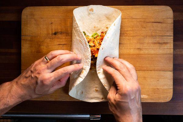 20200706-chorizo-egg-refried-bean-breakfast-burrito-daniel-gritzer-16