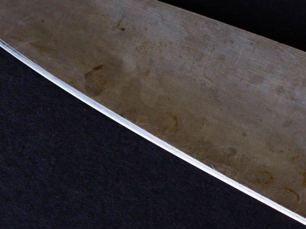 20141215-carbon-steel-knives-vicky-wasik-3.jpg