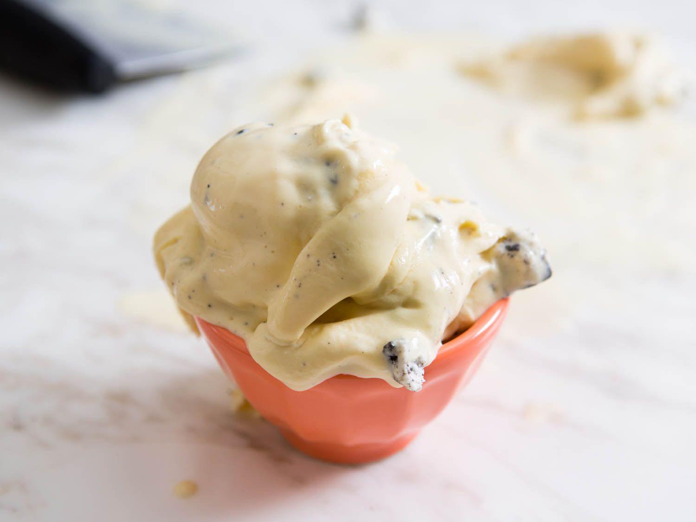 20150408-chewy-new-england-ice-cream-vicky-wasik-11.jpg