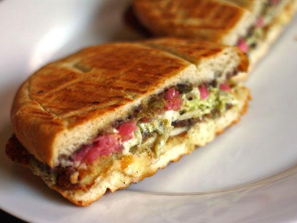 20140509-292458-we-eat-all-the-sandwiches-xoco-chicago-milanesa.jpg
