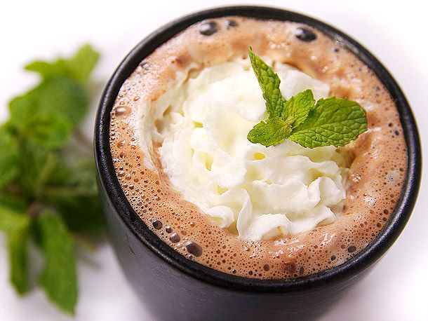 20120202-six-ways-to-spike-your-hot-cocoa-04.jpg