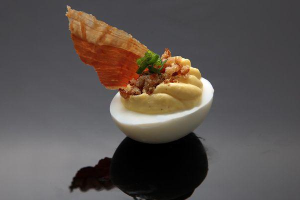 20140419-deviled-egg-variations-recipe-01.jpg