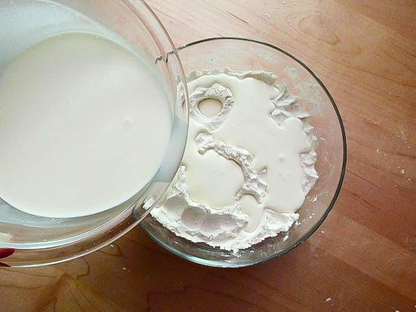 06112014_creambiscuits_wet-to-dry3.jpg