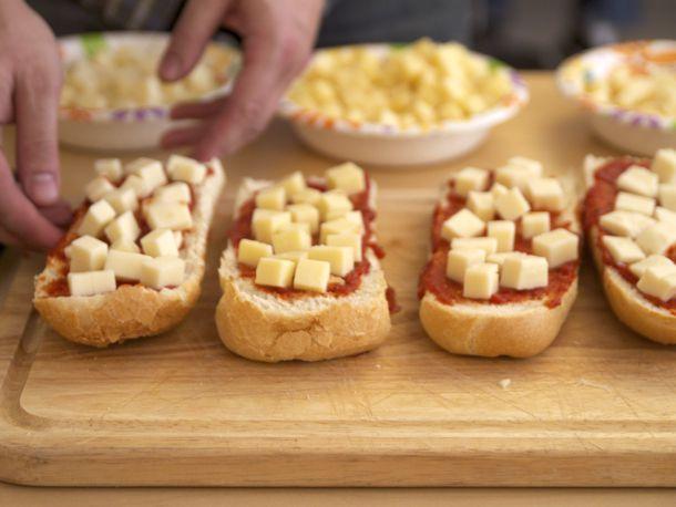 20110224-mozzarella-tasting-primary1.jpg