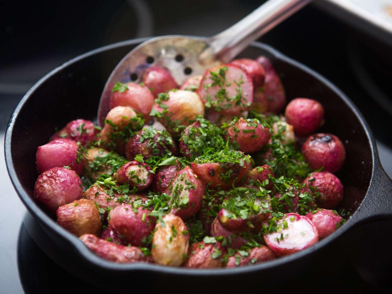 20151202-roasted-radishes-vicky-wasik-006.jpg