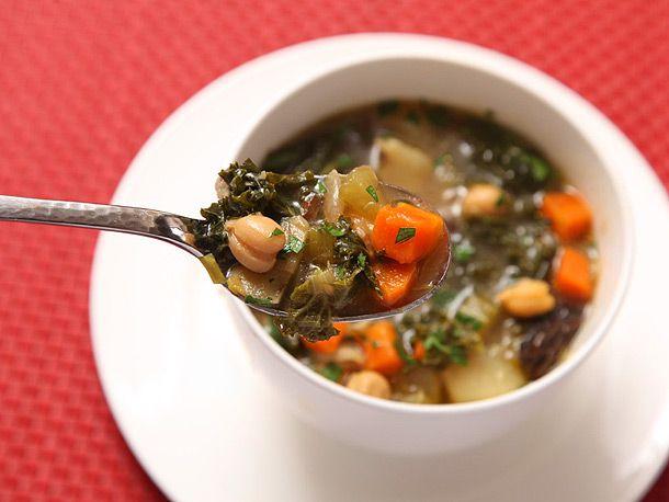 20130210-hearty-vegetable-soup-vegan-recipe-7.jpg