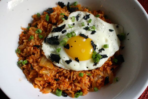 20111012-127355-dinner-tonight-kimchi-fried-rice-primary.jpg