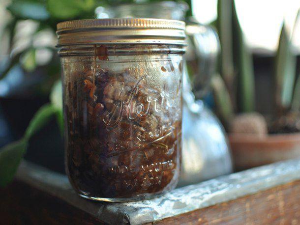 20120213-192761-finished-pickle-jar-610.jpg