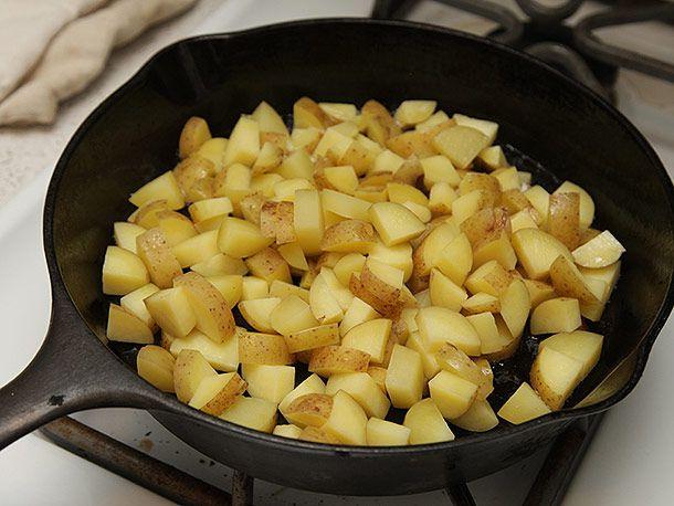 20131023-brussels-sprouts-kale-potato-hash-02.jpg