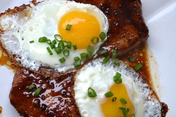 01182014-279632-sunday-brunch-bourbon-glazed-pork-chops-fried-eggs.JPG