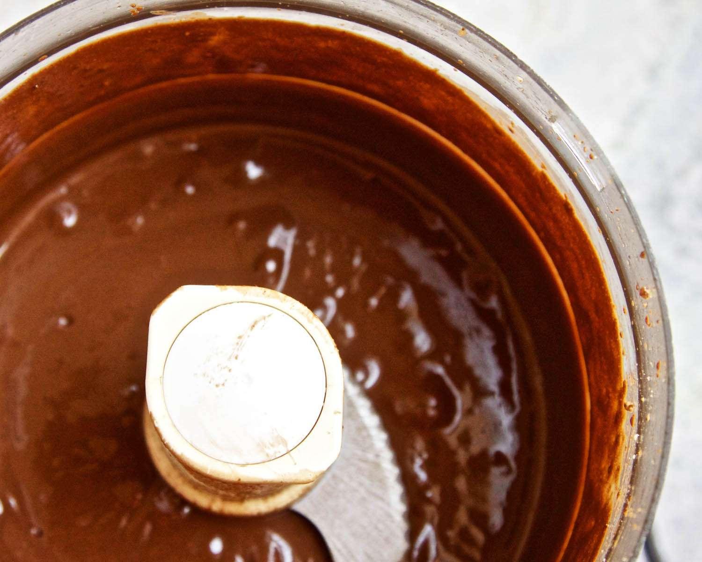 20140925-ideas-in-food-Chocolates-Brown-Sugar-Oil-Pureed.jpg